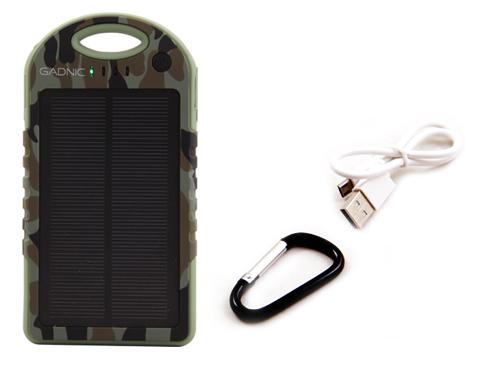 Cargador Solar Gadnic 12000 mAh Waterproof se entrega con estos accesorios